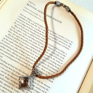 Jewelry - Short Rope Chain w/ a Small Square Silver Pendant